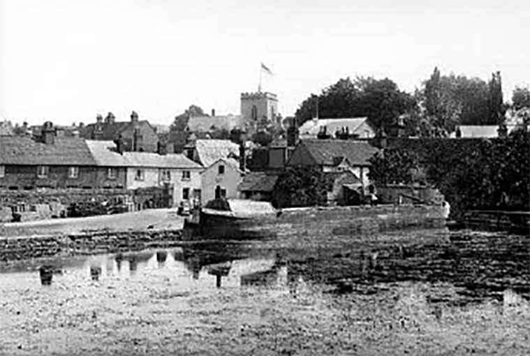Wantage Wharf - circa 1895. Photograph by Henry W. Taunt.
